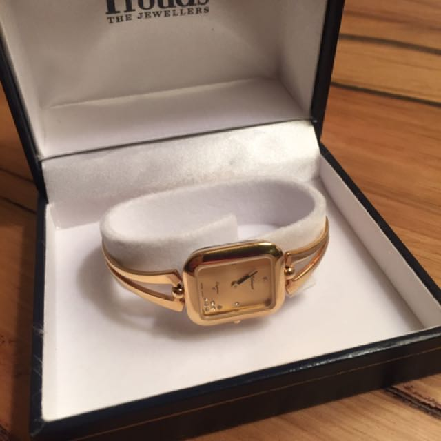 BEAUTIFUL GOLD PLATED LADIES WATCH