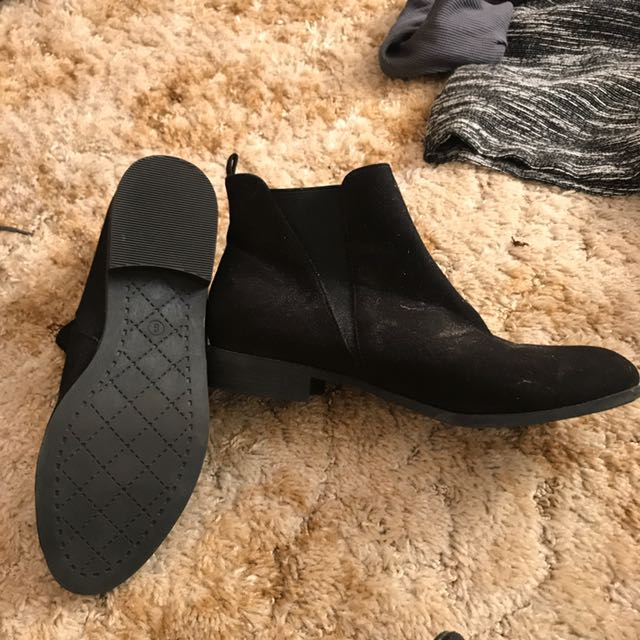 Boots, Flat Winter Shoe Size 8