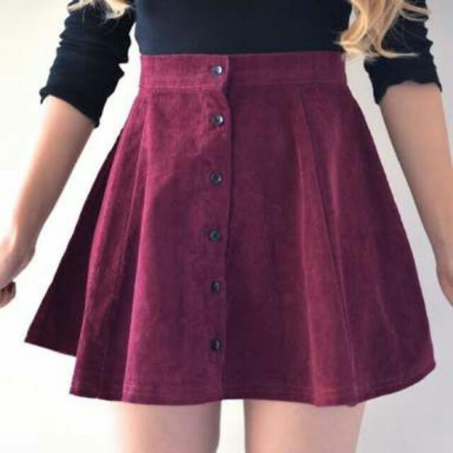 Brandy Melville Brya Skirt