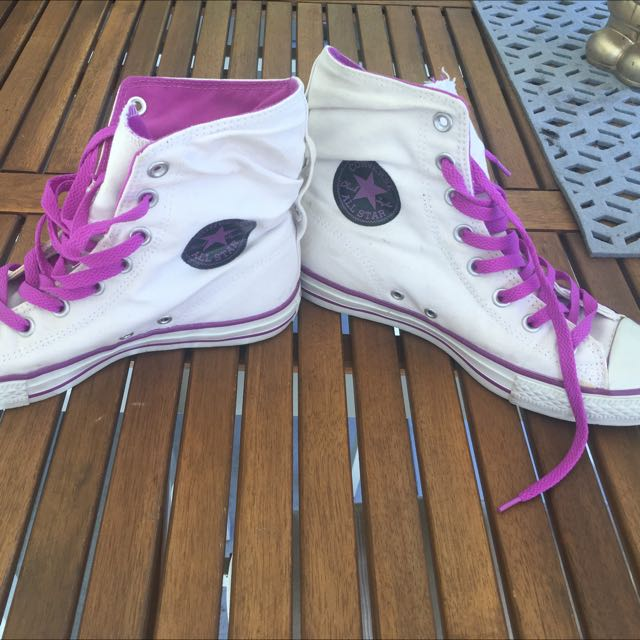 Converse Chuck Taylor Purple High tops