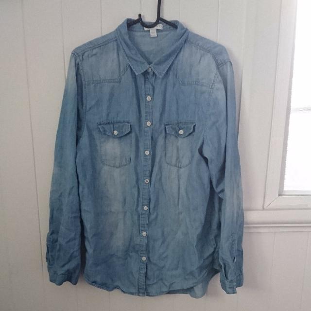 Denim Blue Wash Button Up Size L