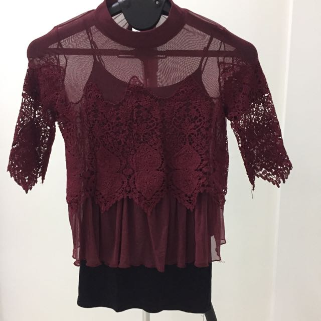 Preloved Embroidery Maroon Top