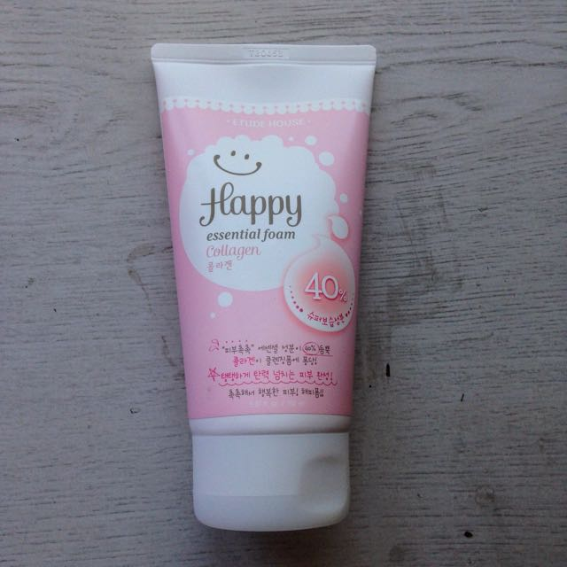 Etude House Happy Essential Foam