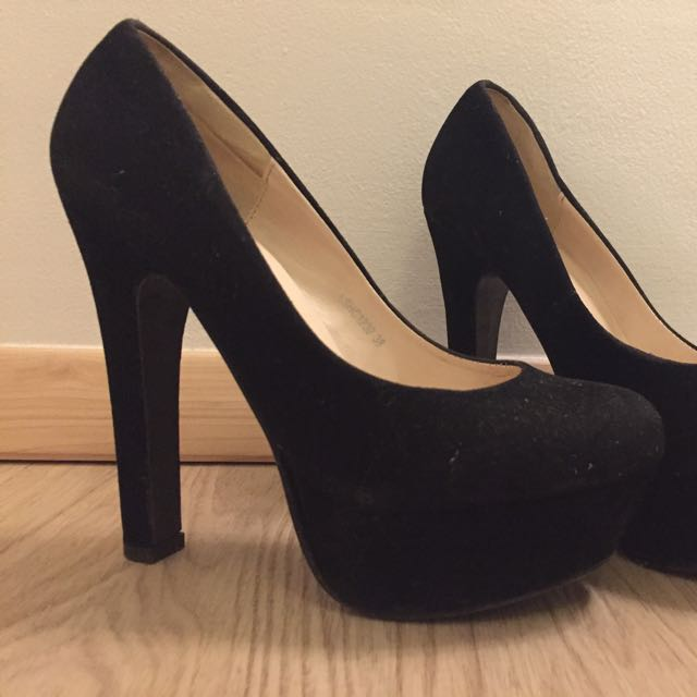 FLD BLACK HEELS size 38 Preloved