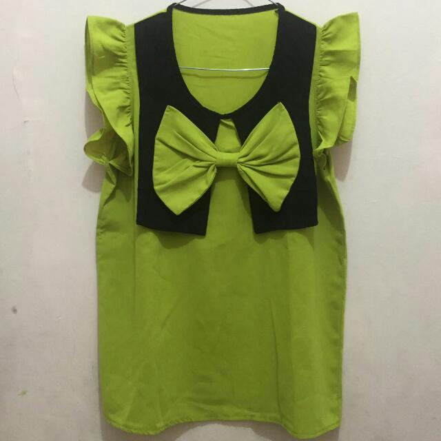 Green Bow Top