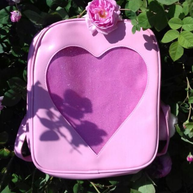 HEART WINDOW BACKPACK IMPORT