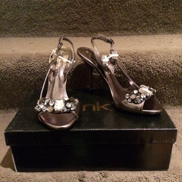 Jewelled Jenkin Pewter stilettos/heels