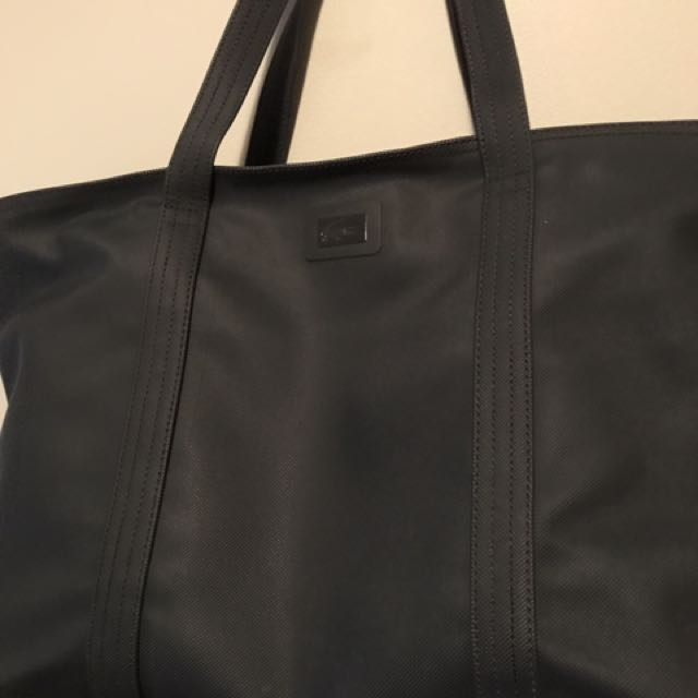 LACOSTE LARGE CLASSIC ZIP TOTE BAG