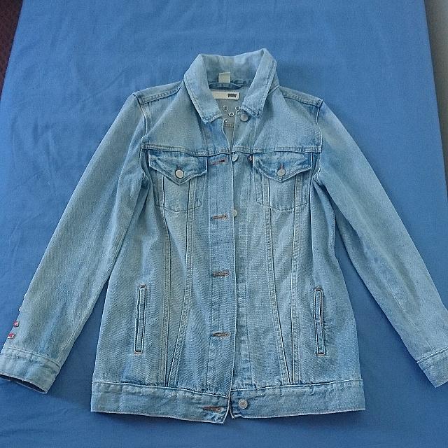 Levis denim jacket size s