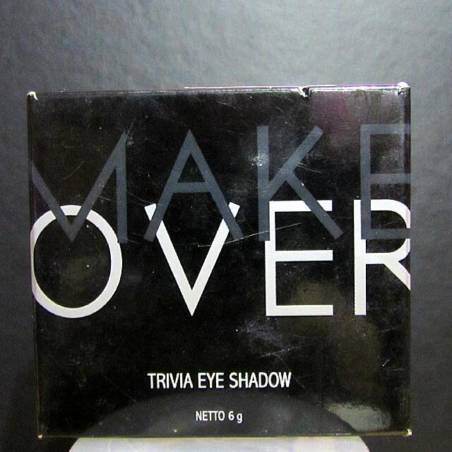 MAKEOVER Trivia Eyeshadow (Black Godiva)