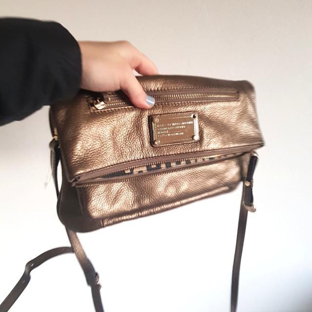 Marc Jacobs Handbag True Gold Bag Shoulder Golden Tote Small, Golden Purse Kind Adjustable Strap Real Leather Metallic Marcs By Marc Jacobs
