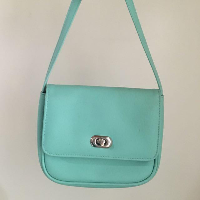 🌸Pastel Sling Bag