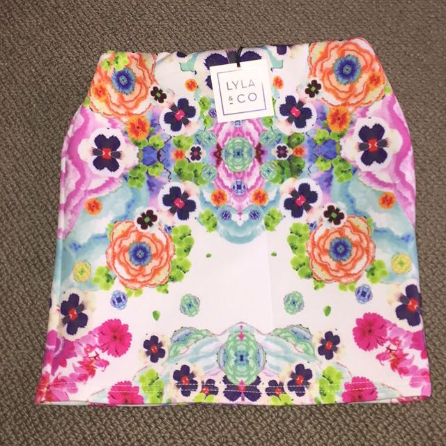 New Lyla & Co Floral Skirt