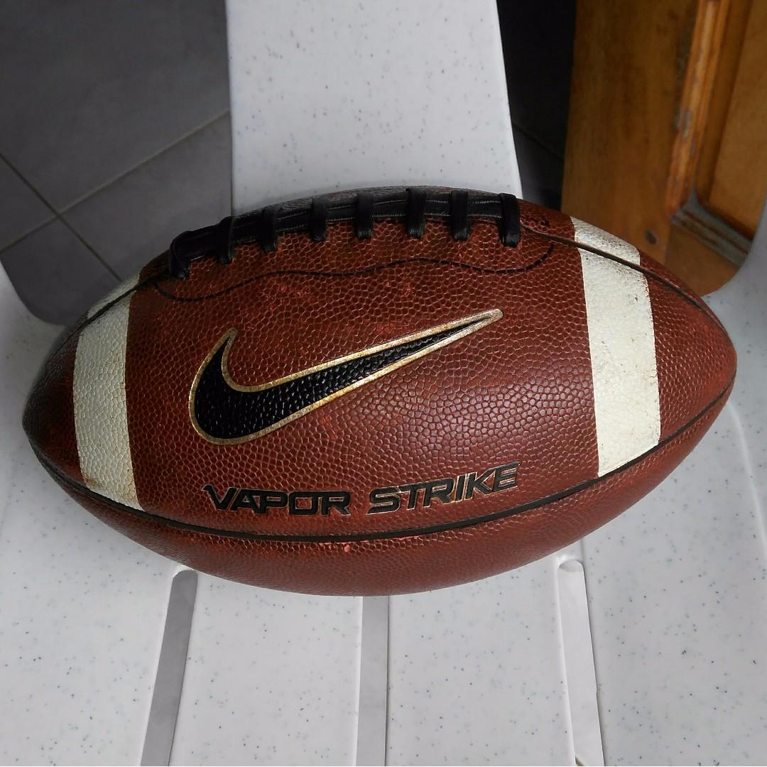 NIKE Vapor Strike football junior size