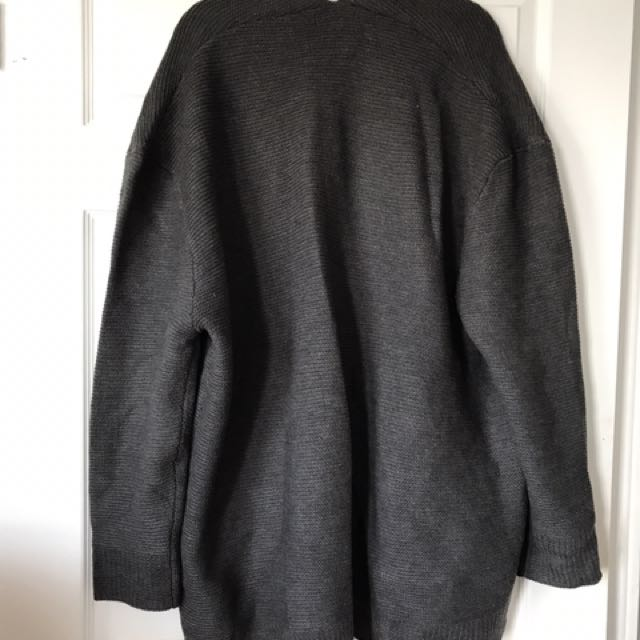 Oversized Grey Knit cardigan