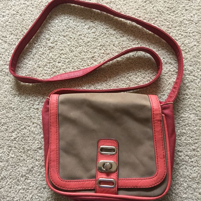 Pink And Cream Sportsgirl Bag