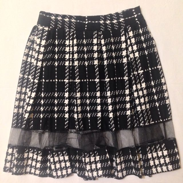 Pleated Skirt With Mesh Panel