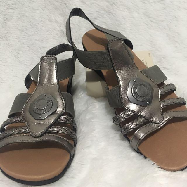 Portland Sepatu Sandal