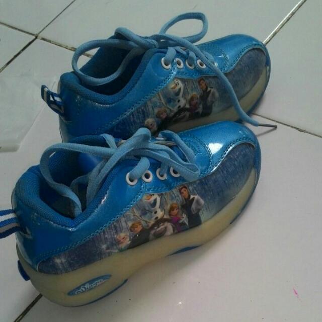 Sepatu Semi Roda Frozen Anak