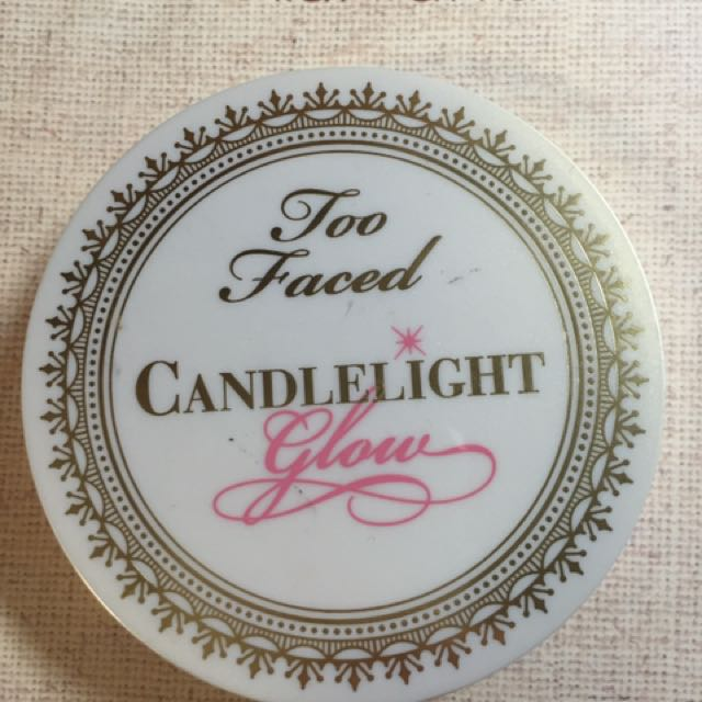 Two Faced Candlelight glow Highlighter