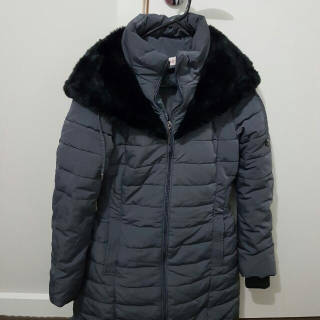 PRICE REDUCED --Winter  Snow Coat Fur Hood - Small