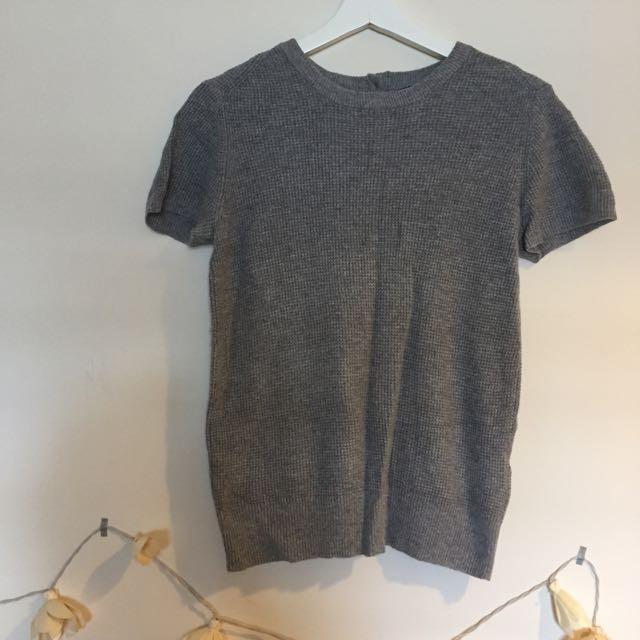ZARA 灰色針織短袖