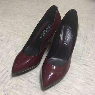 🈹staccato 酒紅 尖頭 高踭鞋