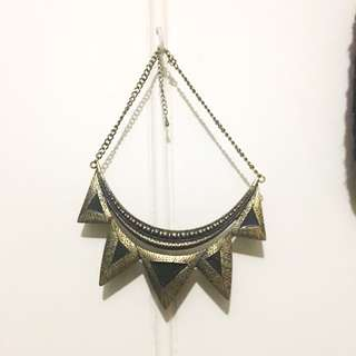 Vintage Egyptian Black And Gold Necklace