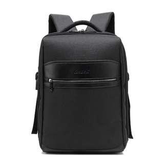 """型格韓版15"""" 黑色背囊, 連USB2.0插座 , Fashion 15"""" laptop backpack with USB2.0 cable and plug"""
