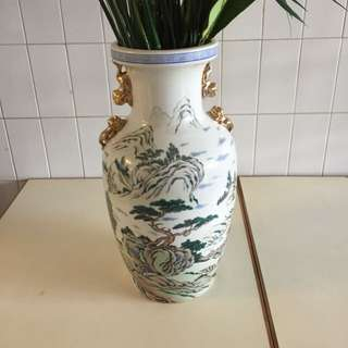 Hand painted Vase (Antique)