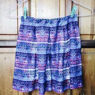 REPRICED! SM GTWURBAN PATTERNED A-LINE SKIRT
