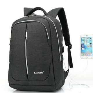 """黑色15.6"""" 背包,連USB2.0插座,  Black color 15.6"""" backpack with USB2.0 plug"""