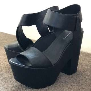 windsor smith chunky black heels - size 10