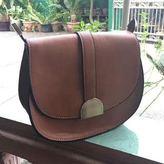 zara women sling bag