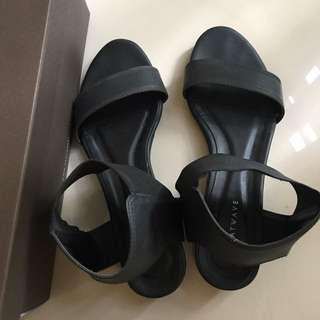 Heatwave Kinetta Sandal Black
