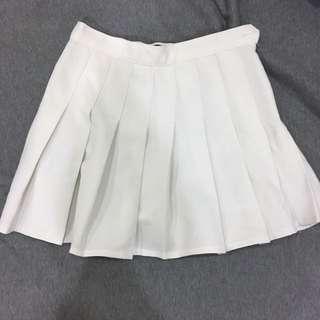 American Apparel 白色百褶短裙