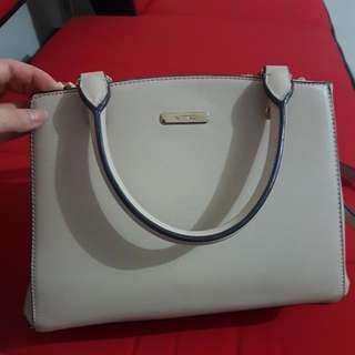 Sale! VNC Creme Bag