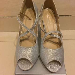 (DINEGO AJA SHAY) Velvet Occassion Dancing Shoes By ZALORA ( High Heels 9cm)