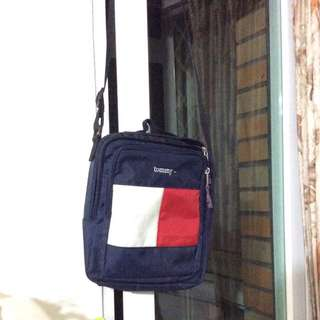 Tommy 包包