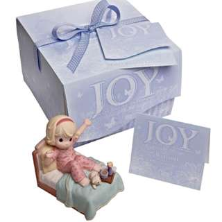 2009 Precious Moments Figurine Sing For Joy With Each New Day