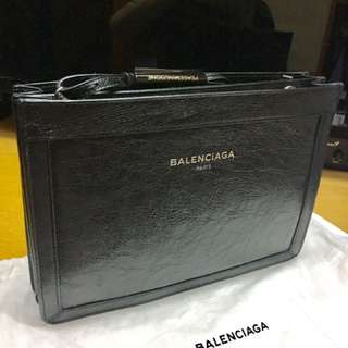 最後七天,無人買自己用。Balenciaga Bag 99.9%new Prada Chanel Saint Laurent Givenchy Valentino Jimmy Choo Thom Browne