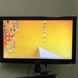Desktop Computer (Complete Set)