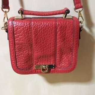 DKNY 紅色 真皮袋(可小議)