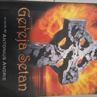Novel Misteri Gereja Setan