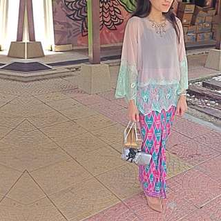 Beaded Kaftan Top With Batik Sarung