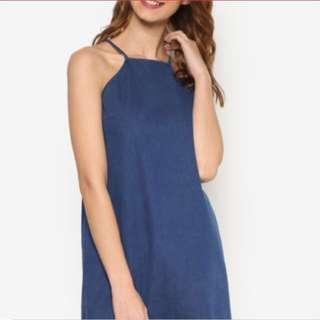 Denim cut in dress