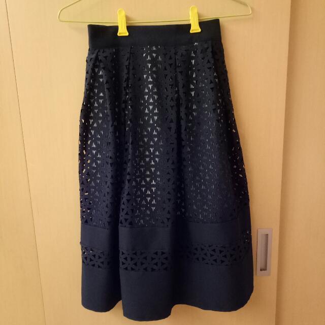 深藍氣質雕花及膝A字長裙 #含運最划算
