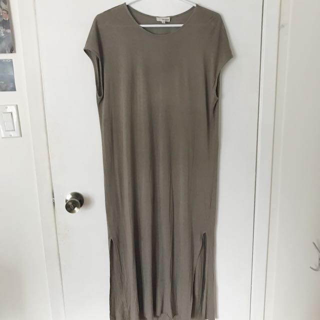 REDUCED Aritzia Wilfred Dress Size Small