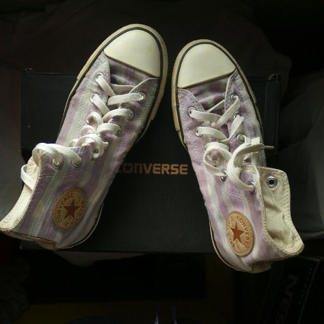 Auth Chuck Taylor Converse