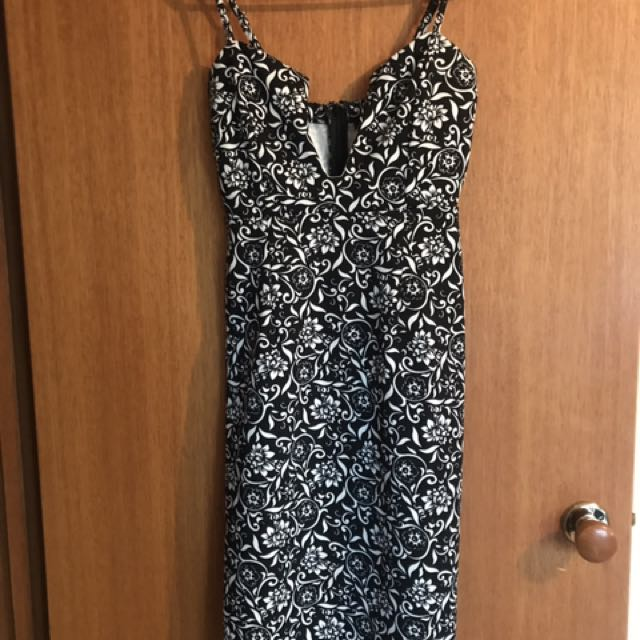 Black And White Fitted Dress